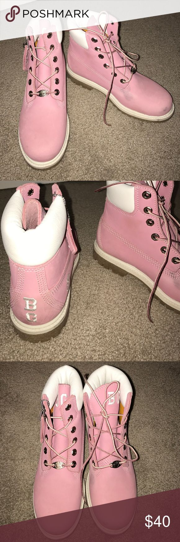 pink timberland boots these are great for the winter up north!  thy are heavy duty timberland boots for girls. they are very fashionable and practical which is what makes them great! Timberland Shoes Winter & Rain Boots