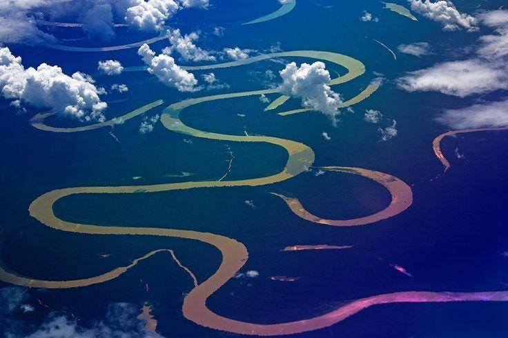 Amazon Nehri - (Kaynağı: And Dağları - Havza Ülkeleri:Peru, Kolombiya, Brezilya, Bolivya, Ekvador, Venezuela - Bittiği Yer: Atlantik Okyanusu)