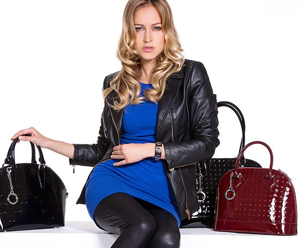 #GET our #classic #logo styles #fall\winter 2014! GET new colors. GET 10% off. E-store: http://shop.arcadiabags.it/