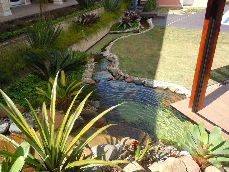 Lago artificial : Jardins tropicais por Flávia Brandão - arquitetura, interiores e obras
