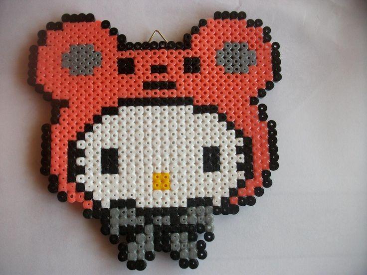 Hello Kitty hama perler by Tricot & Cie