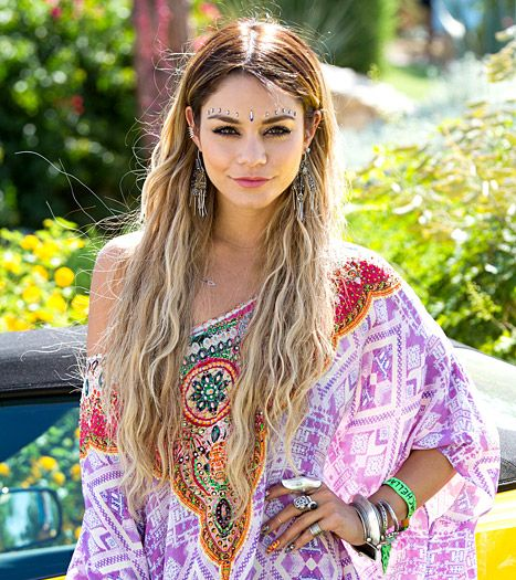Queen of Coachella Vanessa Hudgens used the occasion to debut blonde hair