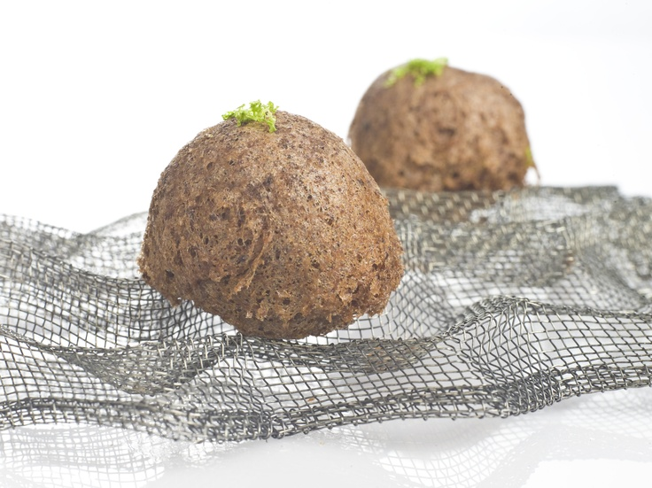 Kokocha de bacalao en tempura de aceitunas negras
