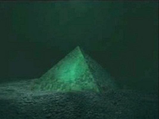 These 2 Giant Underwater Pyramids Were Discovered In The Center Of The Bermuda Triangle