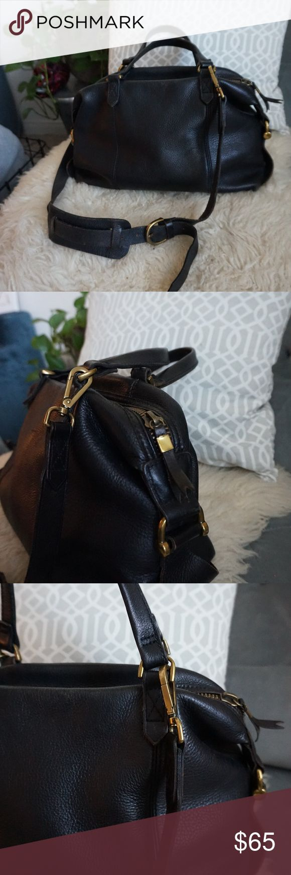 """Madewell dark brown leather crossbody purse Gold hardware, great condition, 100% leather. Normal wear on corners of purse.  Length:15"""" Height: 9"""" Width: 6"""" Madewell Bags Crossbody Bags"""