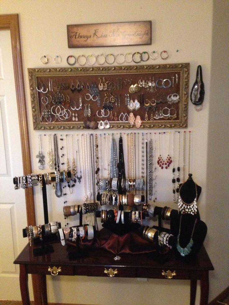 DIY jewelry display!
