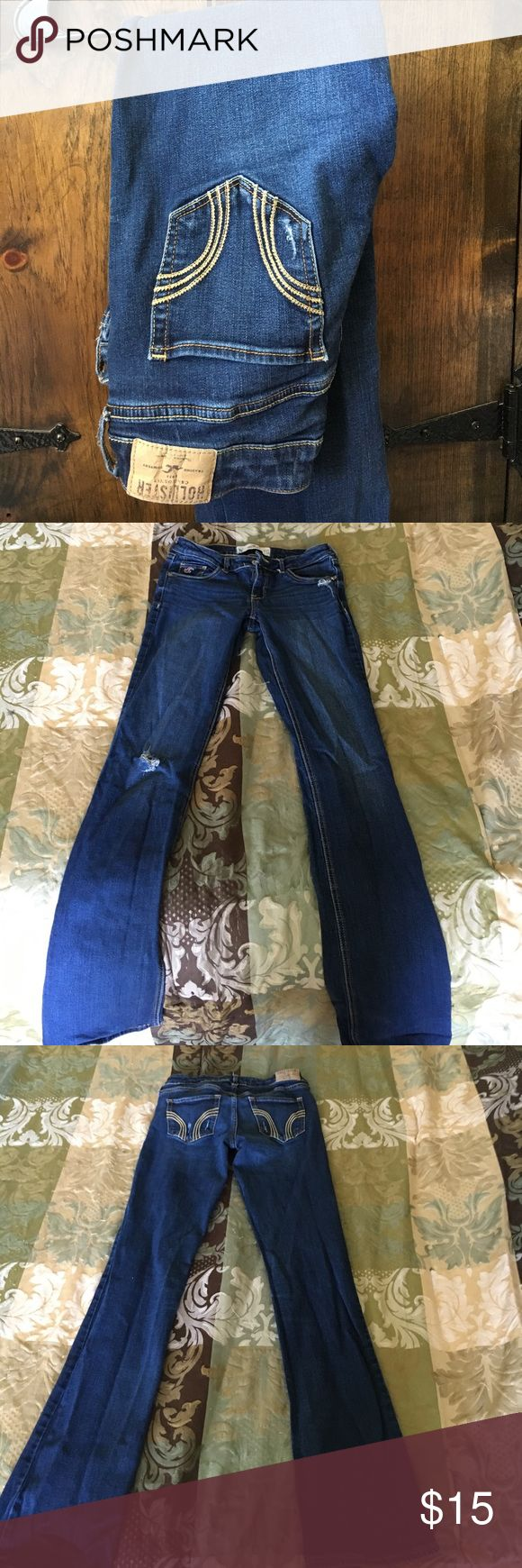Hollister boot cut jeans Lightly worn, no rips or tears that were not bought with the jeans. Hollister Jeans Boot Cut