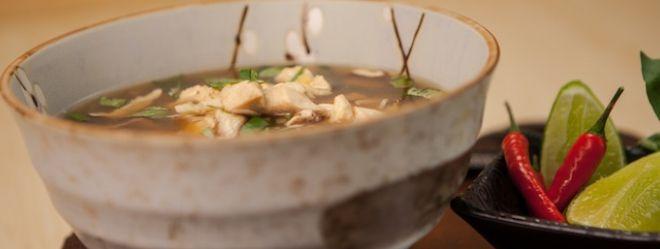 Zeste   Soupe Tom Yum au poulet