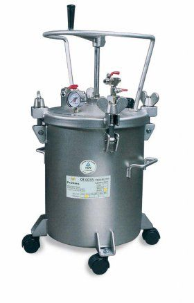 Serbatoi sottopressione - G.B.V.   Airless Pressure vessel made of stainless steel with pressure control product. Capacity: 10 lt. / Min. 20 lt. / Min. 50 lt. / Min.