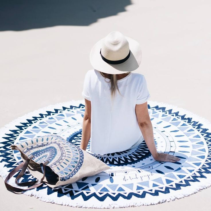 The ideal seaside companions...shop the Majorelle Roundie and Jute Bag for your next beach day at thebeachpeople.com.au/shop #thebeachpeople