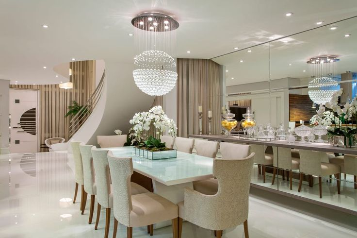 Navegue por fotos de Salas de jantar modernas : . Veja fotos com as melhores ideias e inspirações para criar uma casa perfeita.