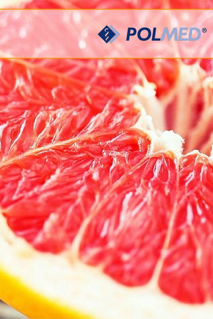 Postaw na grejpfruta! #Grejpfrut przyspiesza przemianę materii, dzięki zawartości pektyn i błonnika pokarmowego. Co ważne, grejpfrut ma niski indeks glikemiczny i dlatego też, po zjedzeniu dłużej czujemy sytość po posiłku i nie ciągnie nas do podjadania :D   Czy lubicie grejpfrut ?