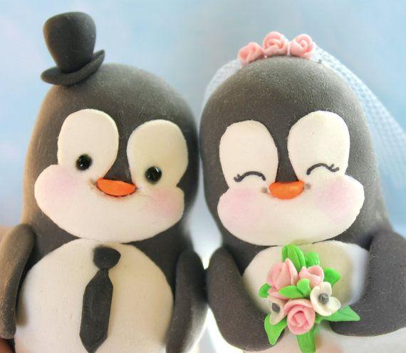Penguin wedding cake toppers  funny elegant cute von PassionArte, $92,00