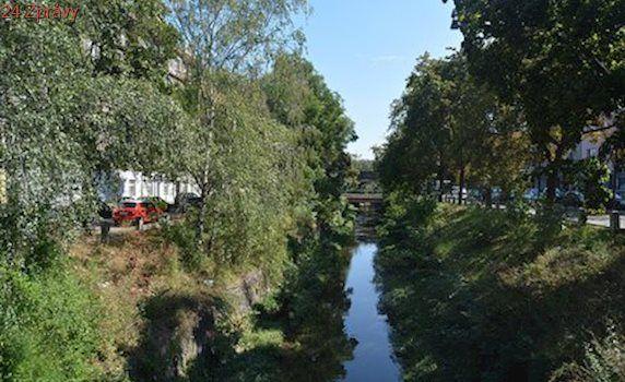 Pražské rybníky čekají opravy: Hráze Litožnických rybníků se můžou protrhnout