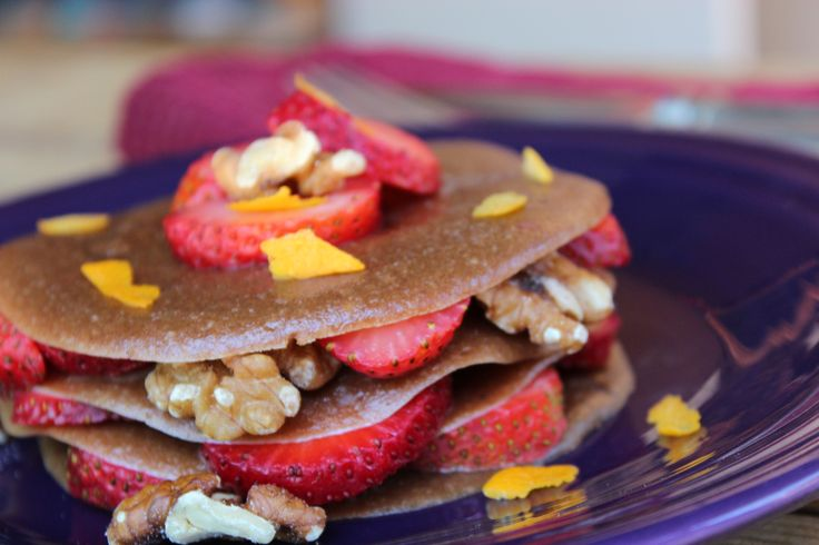 A Recipe from the vaults for Mother's Day! Raw Vegan Pancakes with an option for cooked as well. Happy Mother's Day from Radiantly Raw!