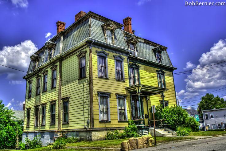 Day #297- Haunted Victorian, Gardner Massachusetts | Bob Bernier Photography