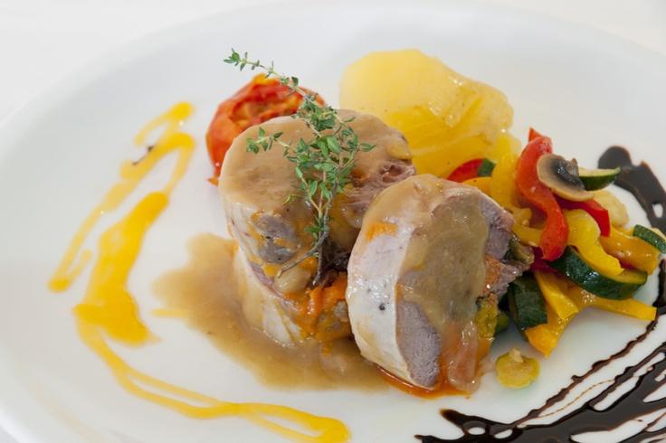 Pierna de cordero rellena a la mallorquina. (#Mallorca, Balearic Islands, #Spain). Enjoy the typical Majorcan cuisine in our hotel-restaurant, a typical Catalonian country house, at the foot of the Puig de Randa.    http://www.esrecoderanda.com/