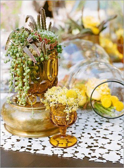 vintage: Yellow Flowers, Tables Sets, Vintage Wardrobe, Krista Jon, Amber Glasses, Photo Shoots, Style Me Pretty, Colors Glasses, Botanical Gardens