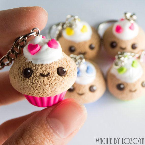 Cupcake kawaii llavero/colgante por imaginebylozoya en Etsy