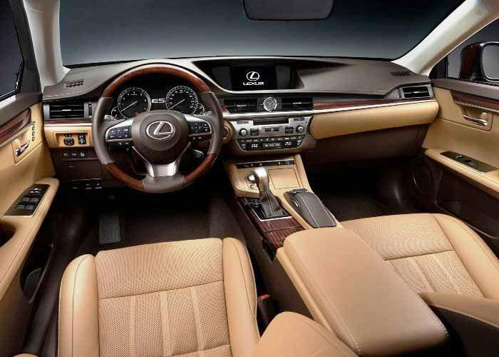 Lexus ES  Interor Photo www.newportlexus.com