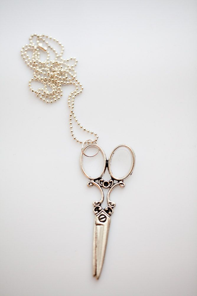 Scissors Pendant Necklace for your hairdresser as a christmas gift