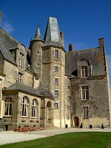 Château des Rochers-Sévigné appartenant à la marquise de Sévigné et où elle y écrivit de nombreuses lettres adressées à sa fille — Wikipédia