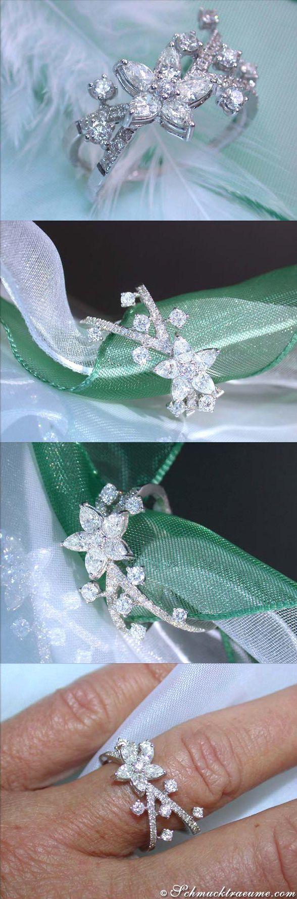 Beautiful Diamond Blossom Ring, 1,32 ct. (G-VS) WG18K - Visit: schmucktraeume.com Like: https://www.facebook.com/pages/Noble-Juwelen/150871984924926 Mail: info@schmucktraeume.com