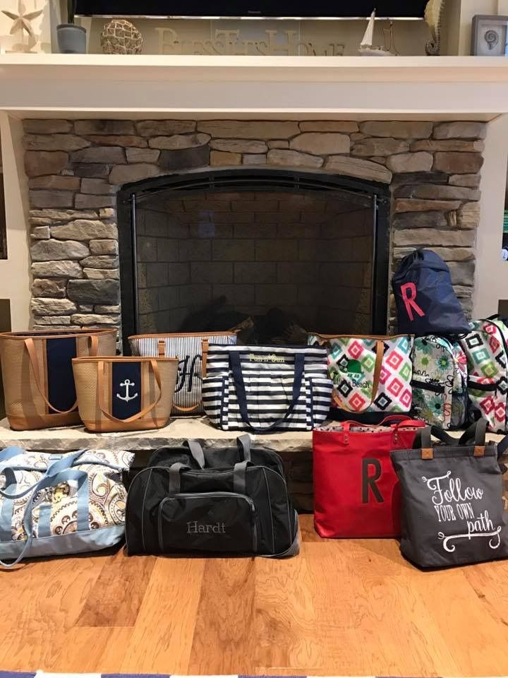 Personalizing Your Thirty One Gifts Products Is Half The Fun!  Www.BagItUpLisa.