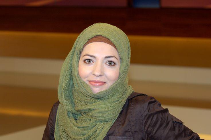 In der Debatte um die Kölner Silvesterereignisse hat die muslimische Theologin Khola Maryam Hübsch der Feministin Alice Schwarzer Islamfeindlichkeit vorgeworfen. Der Menschenrechtsaktivist Thomas Baader verteidigt nun Schwarzer. Denn die religiösen und kulturellen Wurzeln des Sexismus zu verkennen, löse das Problem nicht