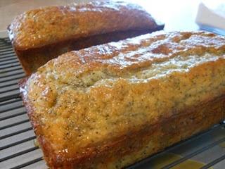 glazed poppy seed breadChristmas Baking, Breakfast, Eating, Breads Rol, Drinks, Poppies Seeds Breads, Breads Loaves, Glaze Poppies, Breads Tasty