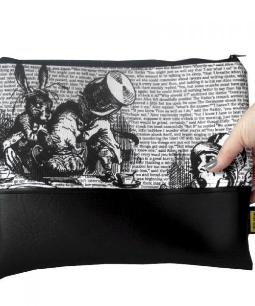 #Aliceinwonderland fabric clutch bag - Book Lovers - Clutch Bag