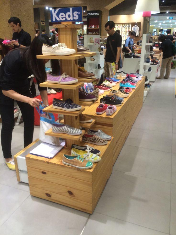 Central Department Store - Chidlom - Bangkok - Thailand - Layout - Landscape - VM - Design - www.clearretailgroup.eu