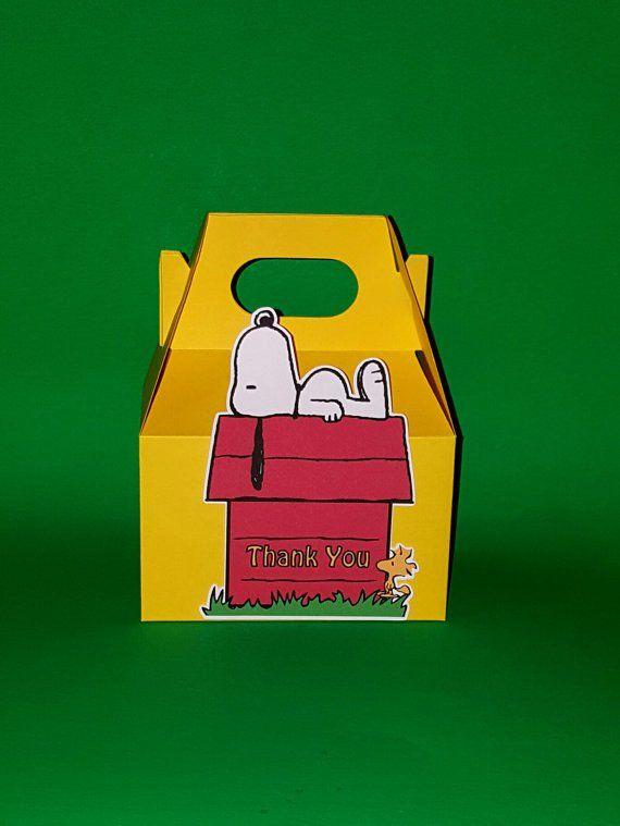 Snoopy House Favor Box