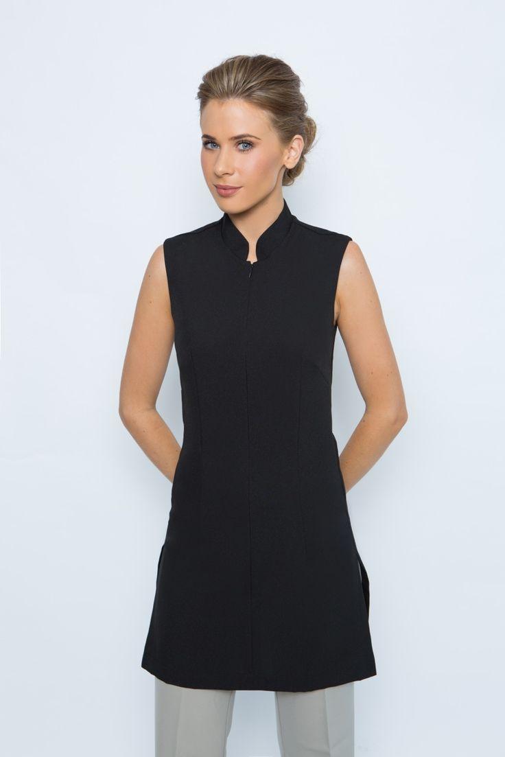Best 25 spa uniform ideas on pinterest salon wear for Spa uniform pictures