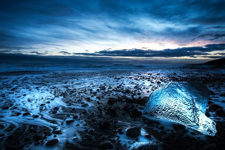 jokulsarlon glacier lagoon, iceberg beach sunset in Iceland