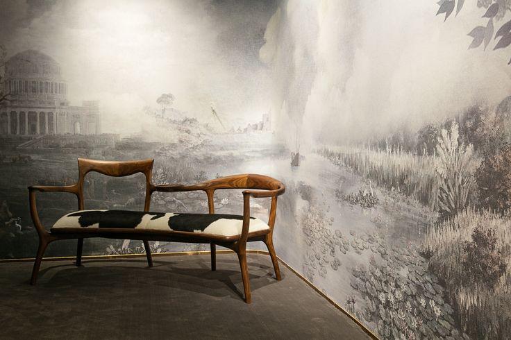 #wallpaper #cartadaparati #bedroom #decor #decoration #homestyling #homedercor #interiordesigner #interiordecorator #archilovers #designlovers #britishelegance  #colonial #nature
