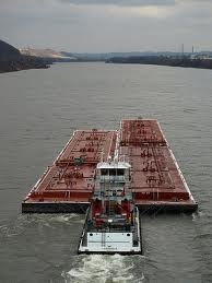 River traffic on the Ohio River at Huntington, WV.  This was a familiar site during my tennis playing days on 27th Street!