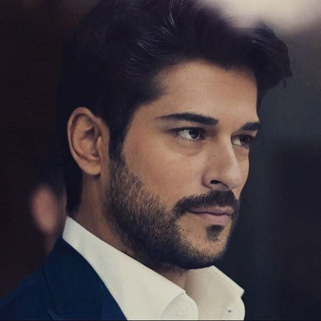 How can someone be this perfect!! Burak Özçivit