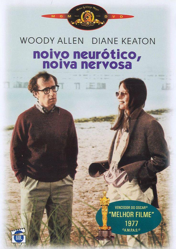 Alvy Singer (Woody Allen), um humorista judeu e divorciado que faz análise há quinze anos, acaba se apaixonando por Annie Hall (Diane Keaton), uma cantora em início de carreira com uma cabeça um pouco complicada. Em um curto espaço de tempo eles estão morando juntos, mas depois de um certo período crises conjugais começam a se fazer sentir entre os dois.