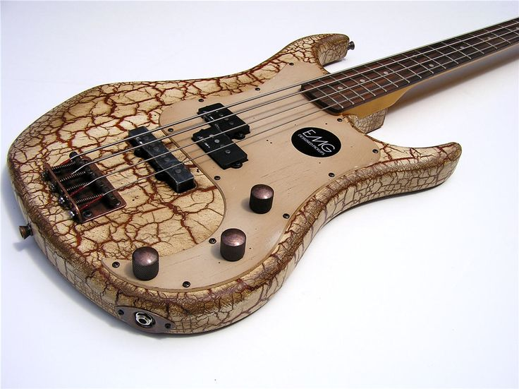 new pro quality vintage style cool crackle body electric bass guitar. Black Bedroom Furniture Sets. Home Design Ideas