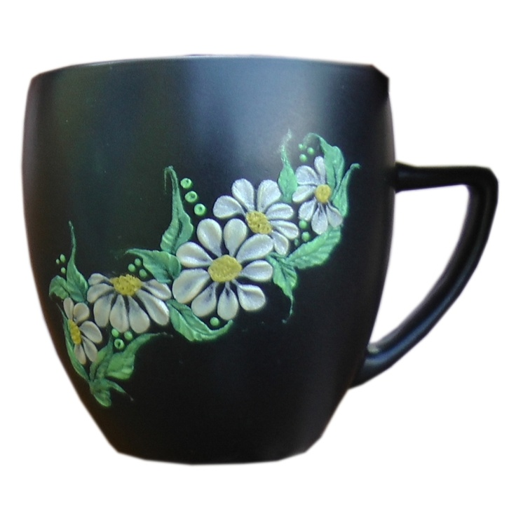 nail art technique used for cup decoration