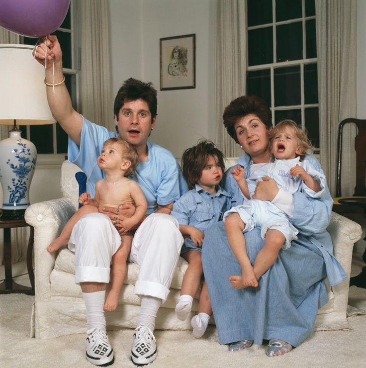 Ozzy Osbourne, his wife Sharon and their children Aimee, Kelly and Jack (1987).