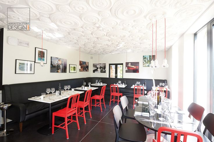 """What do you think about the way our rosettes have decorated the Brasserie """"Restauration Nouvelle """"of Louvain-la-Neuve ?"""
