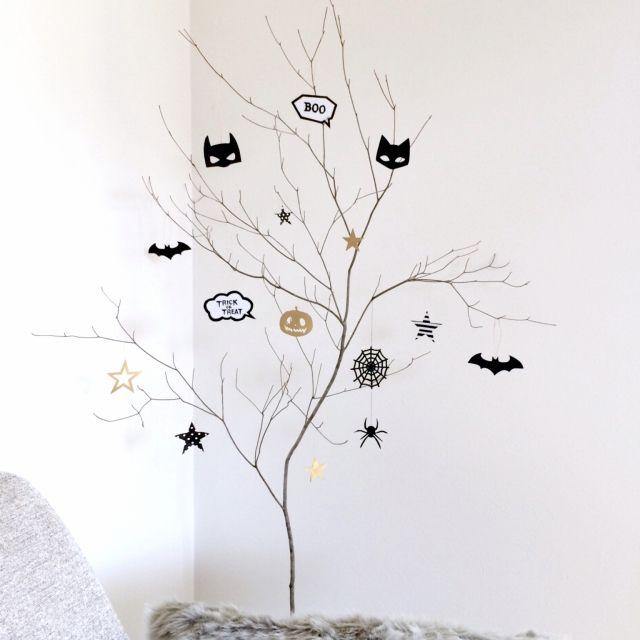 yuchiさんの、ハロウィンはじめました,枝ディスプレイ,星,ハロウィン,ドウダンツツジの枝,モノトーン,リビング,のお部屋写真