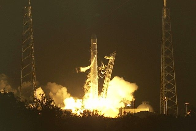Congratulates SpaceX on the successful launch of Dragon today!