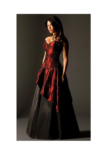 Red And Black Wedding Dresses | Fairy Goth Mother - Alternative wedding gowns - sofeminine