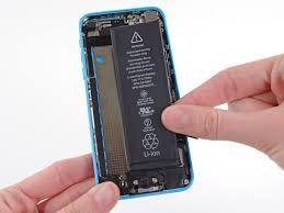 Batterie RA-PLA-PLA ? Idée simple et pas chère pour réparer votre iPhone 5C : changer la batterie ! Site dédié à la réparation des iPhone ! #reparation #iphone Batterie iPhone 5C