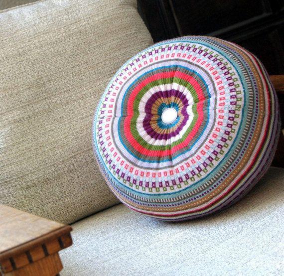 Pouf maglione medio upcycled cuscino cuscino di di theRemakerie
