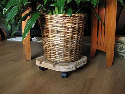 How to Make a Planter Caddy.
