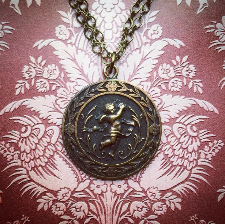 Vintage Cherub Necklace by Silver Trumpet Jewelry on Etsy
